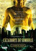 Cazadores de Sombras 2: Ciudad de Ceniza - Cassandra Clare - Destino