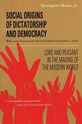 Social Origins of Dictatorship and Democracy: Lord and Peasant in the Making of the Modern World (libro en Inglés) - Barrington Moore - Beacon Pr